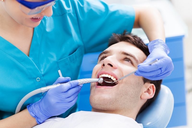 How a Dental Office Atmosphere Plays Into Patients' Fears